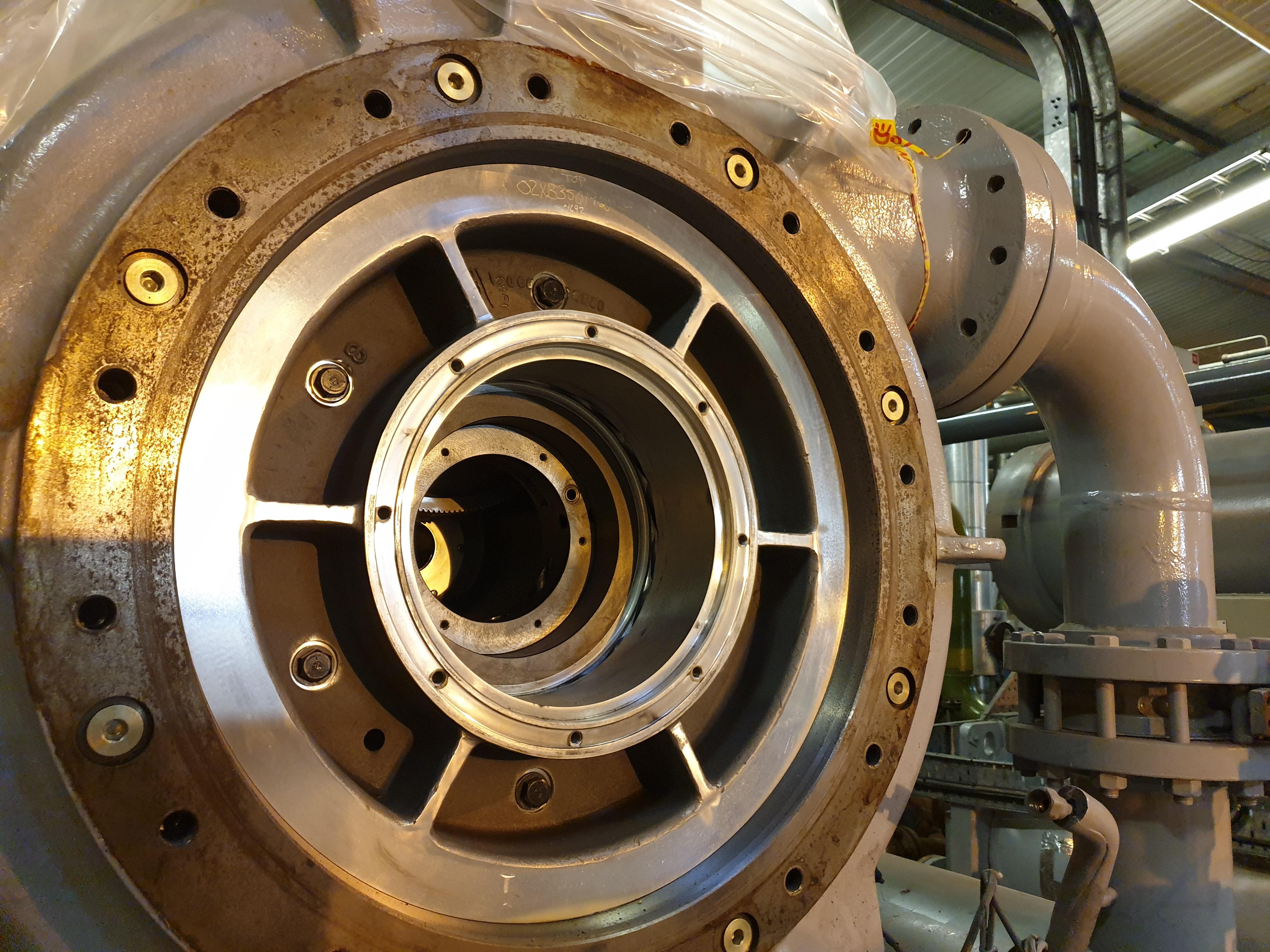 Centrifugal compressor remanufacturing showing inside the compressor